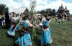 Праздник Святой Троицы в Суздале